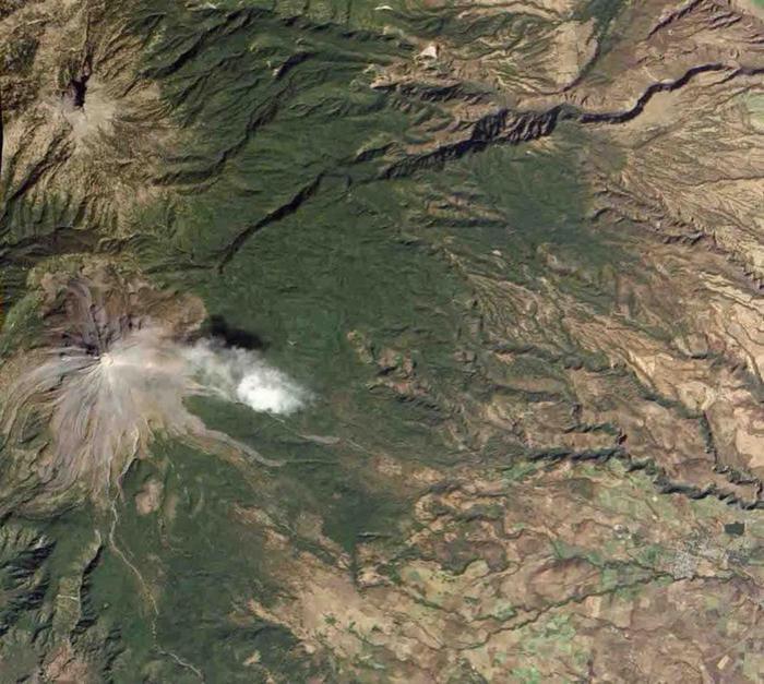 Извержение вулкана Кальбуко в Timelapse