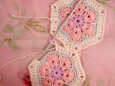 Flower crochet piece AFRICAN FLOWER for knitting toys (28) (400x300, 91Kb)