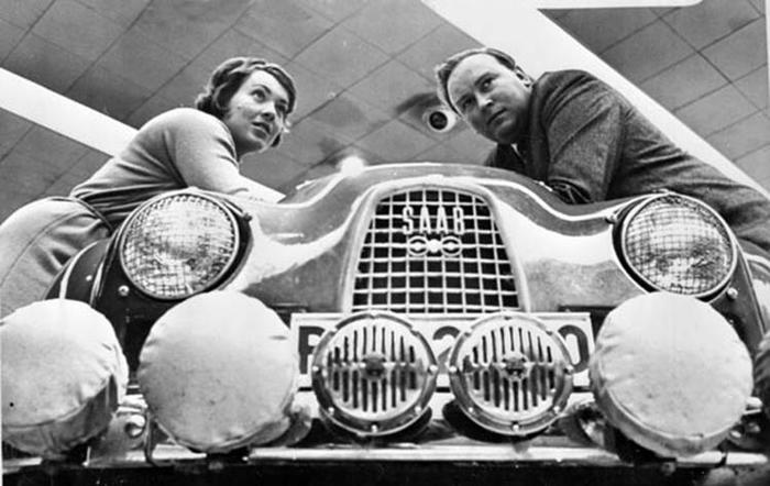 Первая в мире автогонщица женщина Камилла дю Гас