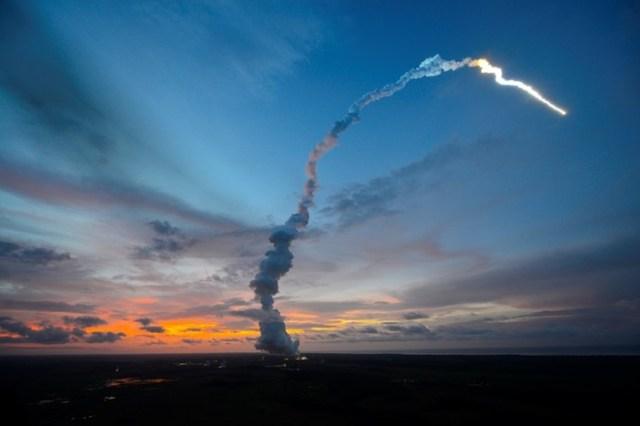 Когда впервые были применены ракеты?