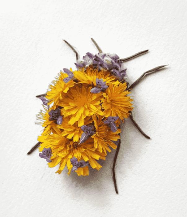 Канадский художник делает насекомых из цветов
