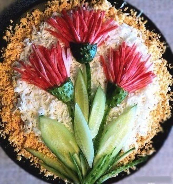 Как приготовить слоеный салат «Ананасовая шуба»