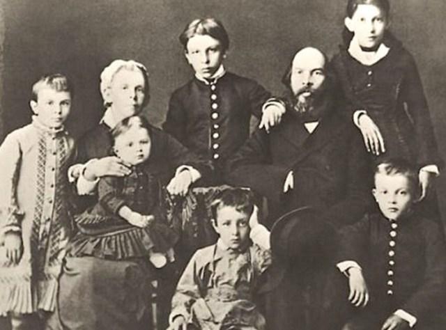 Сестры и братья Ленина: как сложилась их судьба