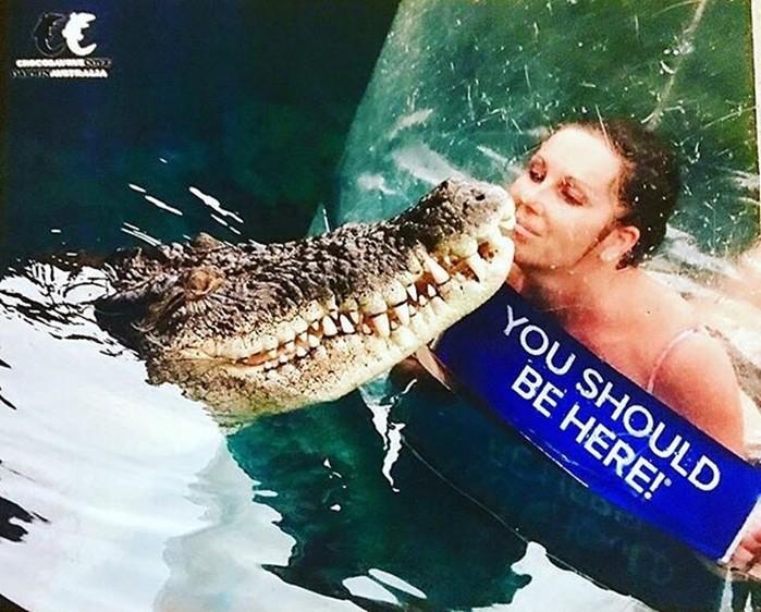Экстрим аттракцион с крокодилом