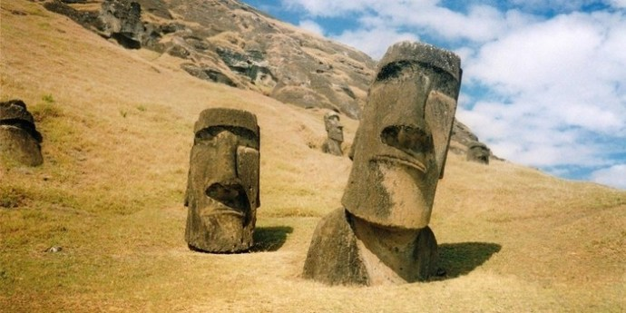 Что же, все таки, скрыто под головами на острове Пасхи?