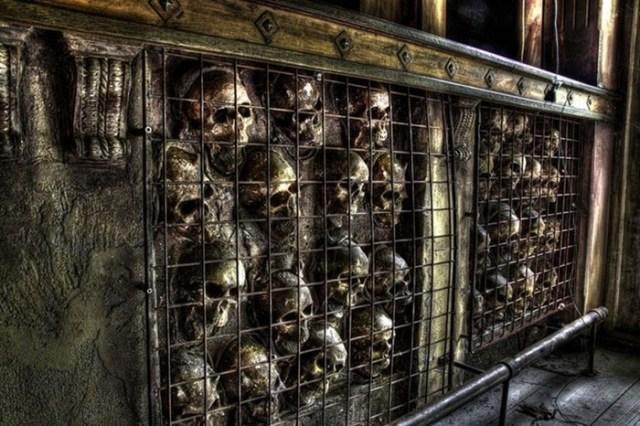 Заброшенный адский ресторан в Бельгии