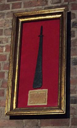 12 самых знаменитых мечей, о которых слагали легенды