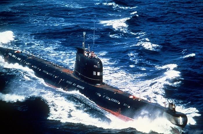 Первые подводные лодки в истории