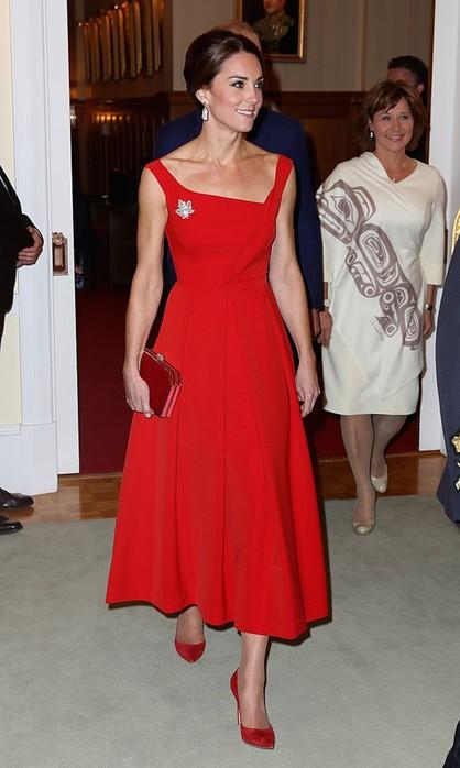 Когда безупречный стиль Кейт Миддлтон нарушил королевский дресс код
