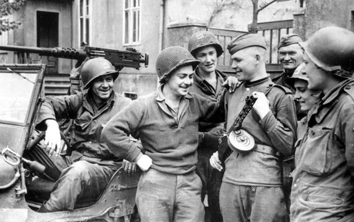Почему Германия не доплатила СССР за нанесенный во время войны ущерб