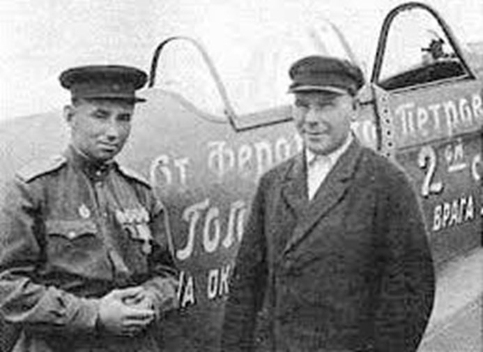 Как обычный пчеловод Ферапонт Головатый покупал самолеты для Красной Армии