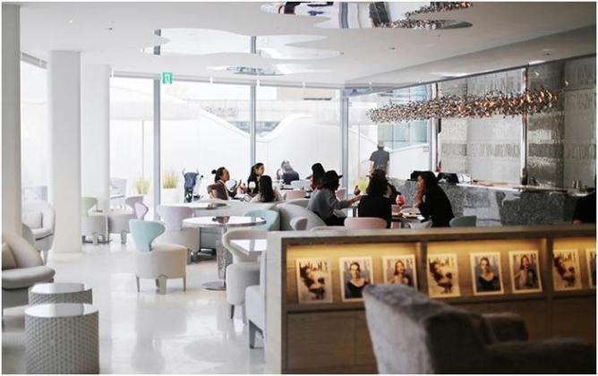 Известные бренды, открывшие свои кафе