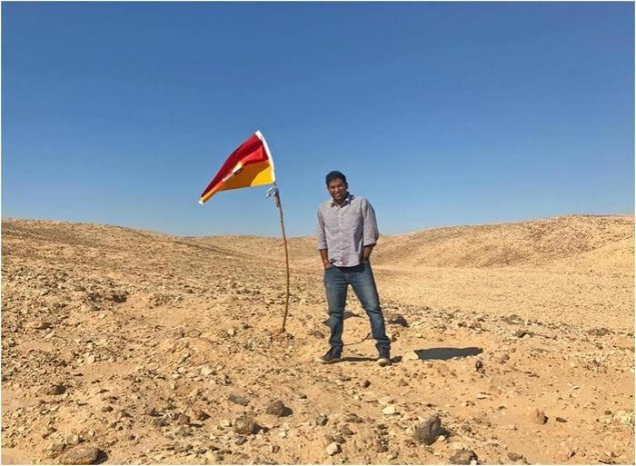 Айтишник из Индии нашел ничейную землю и стал ее королем!