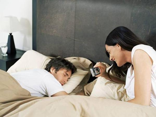 Существуют опасные и полезные позы для сна. Проверь себя и сделай выводы!