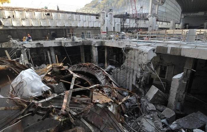 Авария на Саяно Шушенской ГЭС в 2009 году: что было на самом деле