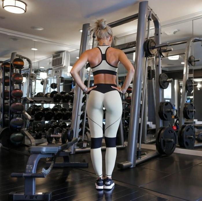 Спортивные девушки (32 фото)