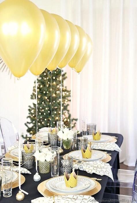 Как украсить новогодний стол в год Желтой Собаки: лучшие идеи