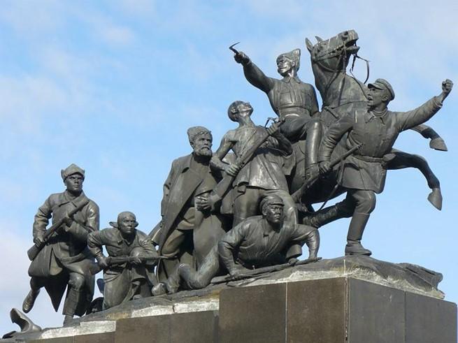 Как на самом деле погиб Василий Чапаев: история легендарного комдива
