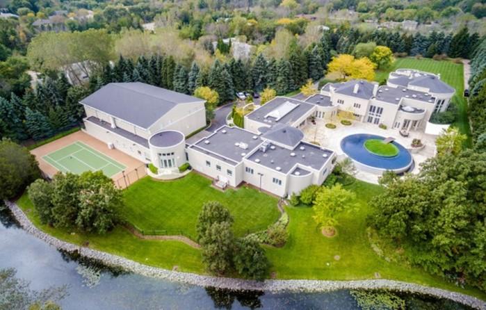 Как выглядит шикарный дом знаменитого баскетболиста Майкла Джордана
