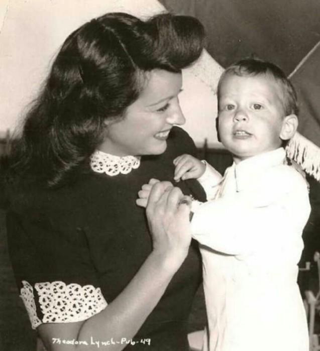 Самый жадный миллиардер Пол Гетти пожалел денег, когда его сын умирал от рака