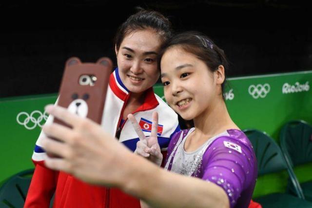 Северная и Южная Корея отправятся на Олимпиаду под единым флагом