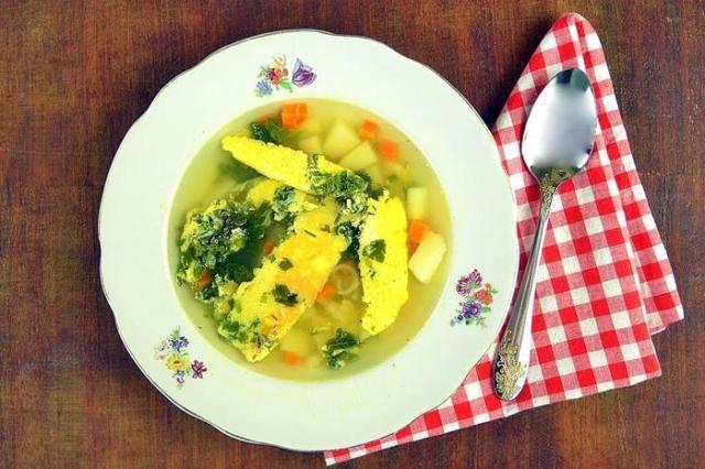 Как правильно готовить бульон с омлетом