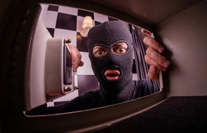 10 счастливых находок, которые обнаружили в старых сейфах