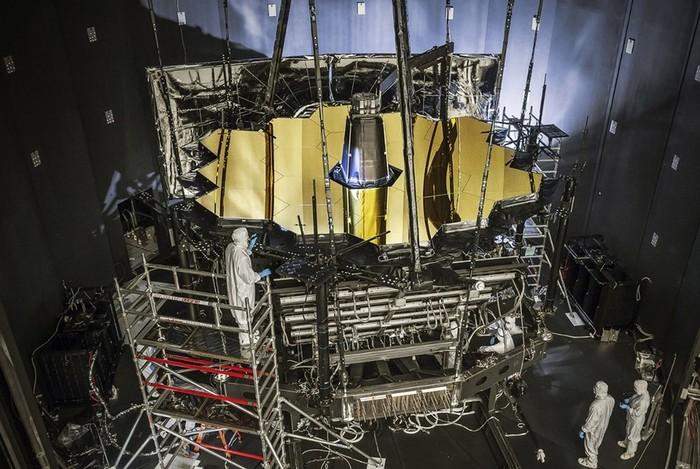Самый мощный телескоп «Джеймс Уэбб» заменит знаменитый «Хаббл»