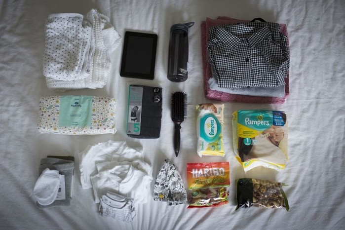 Какие вещи берут в роддом женщины разных стран