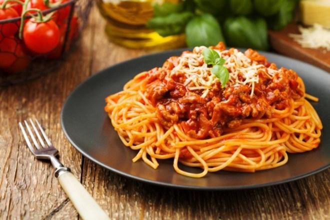 Откуда произошли слова «спагетти» и «вермишель»: червяки и веревки из Италии