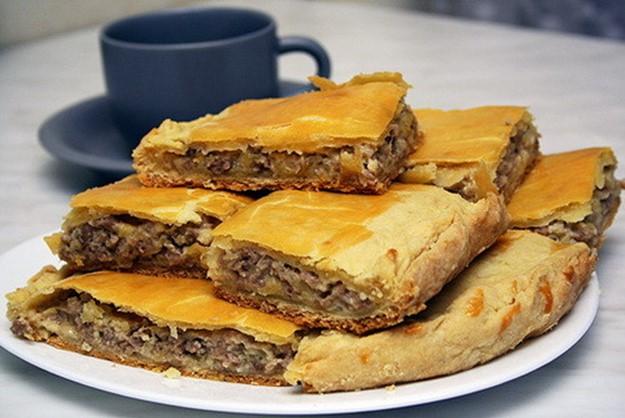 Как приготовить заливной пирог в мультиварке: пошаговый рецепт