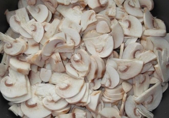 Жарим грибы: как вкусно приготовить шампиньоны