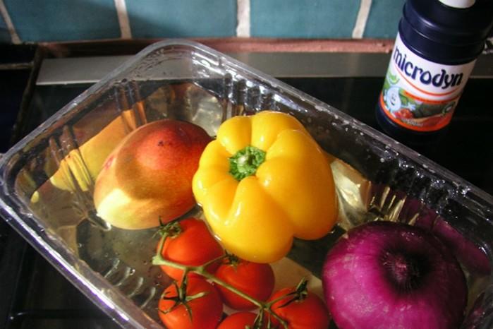 Как быстро избавиться от пестицидов в овощах и фруктах