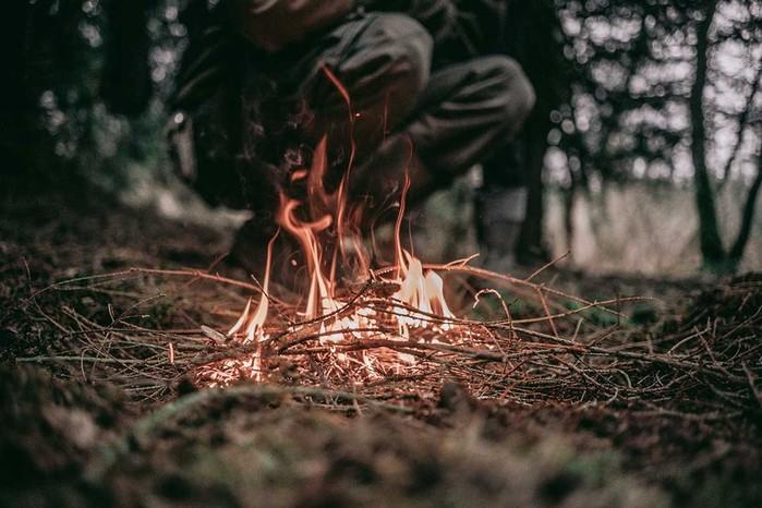 Способы добычи огня: советы для выживания в лесу