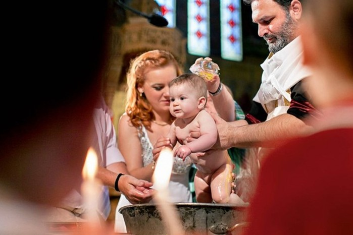 Можно ли крестить ребенка во время беременности?