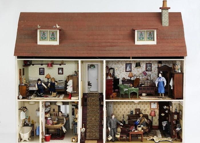 Архитектура в миниатюре: 300 летняя история кукольных домиков