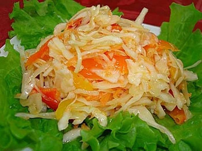 Вкусная заготовка из капусты и болгарского перца на зиму