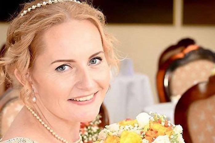 В Эстонии женщина вышла замуж за саму себя