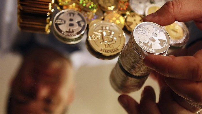 Украдено 100 млн долларов в электронной валюте Bitcoin