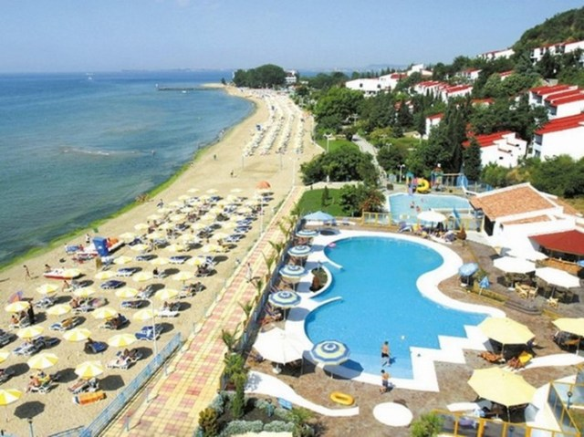 Куда поехать отдохнуть летом, кроме Крыма