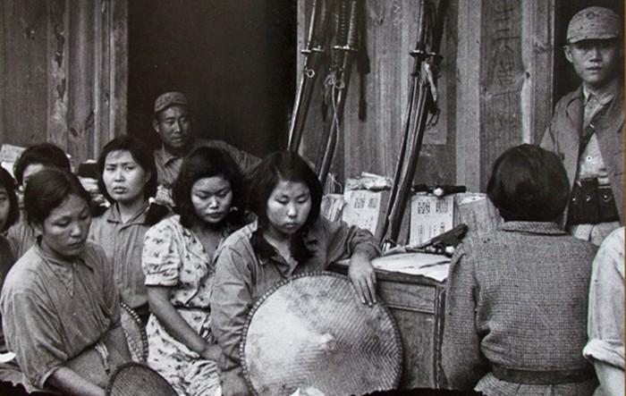 «Женщины для утешения», которых корейцы и китайцы никогда не простят японцам