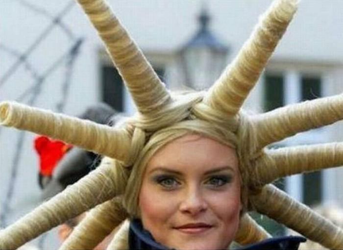 10 самых странных стрижек всех времен и народов