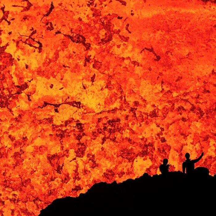 Сумасшедшие снимки из самого жерла вулкана