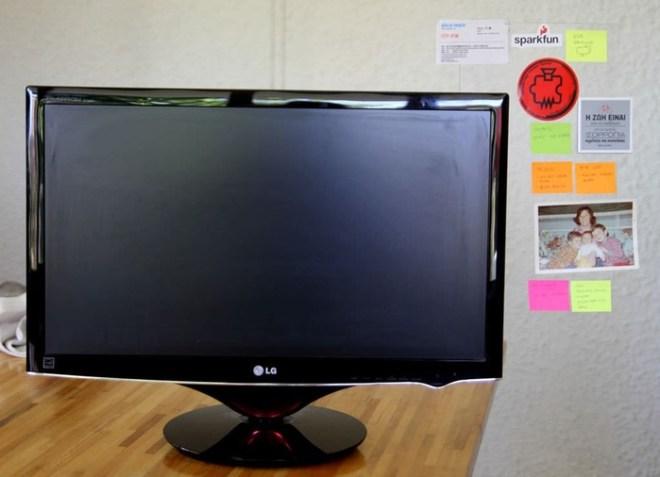 Панель невидимка для липких записных листочков на монитор