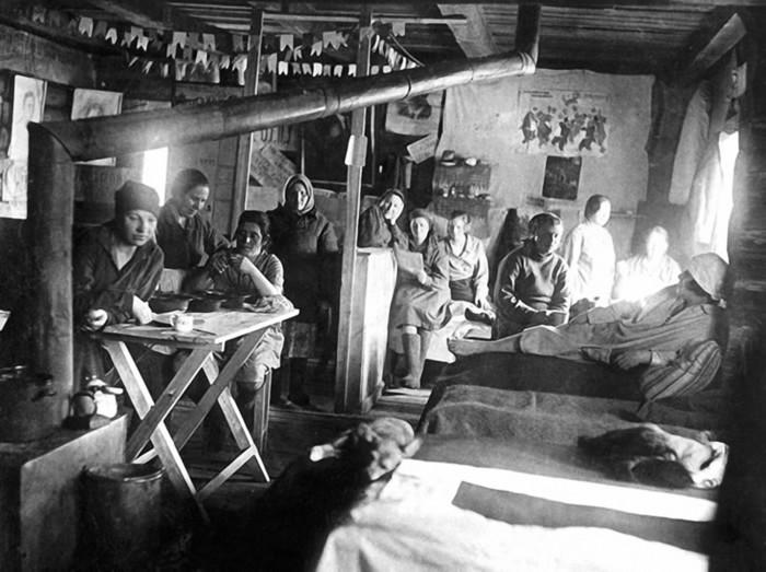Как выживали женщины в ГУЛАГе