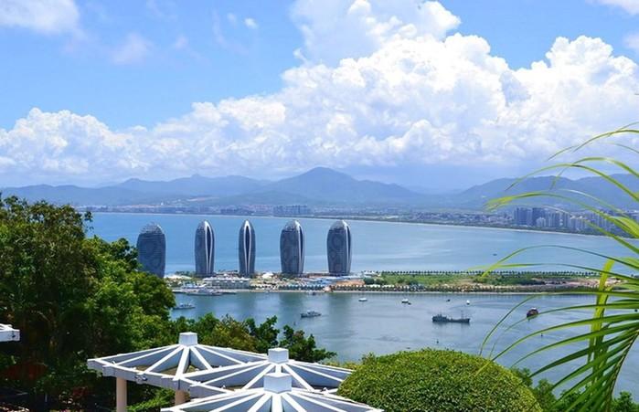 Бухта заливу Санья в Китае