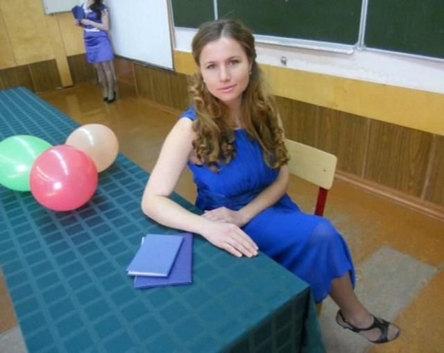 Симпатичные российские учительницы (38 фото): вы помните свою первую?