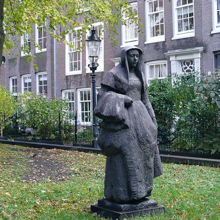 Орден бегинок: женщины, которая маскировались под монахинь, чтобы жить свободной жизнью