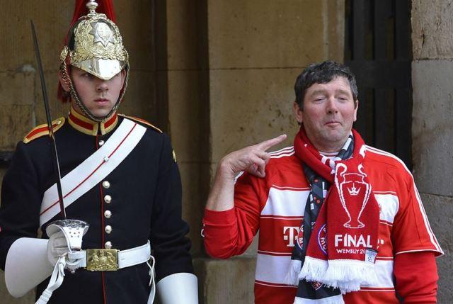 В Лондон прибыло 80 тысяч фанатов из Германии