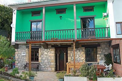 Casa en alquiler a 5 km de la playa.  La palmera.  Cantabria